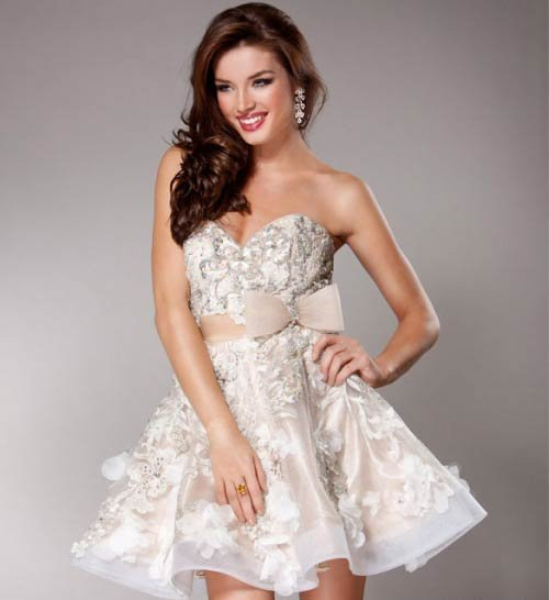3 Simple &amp- Cute Short Wedding Dresses