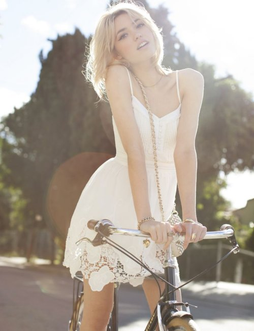 casual white lace summer dress for juniors