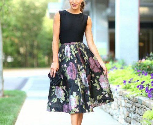 cute-black-floral-date-night-outfit
