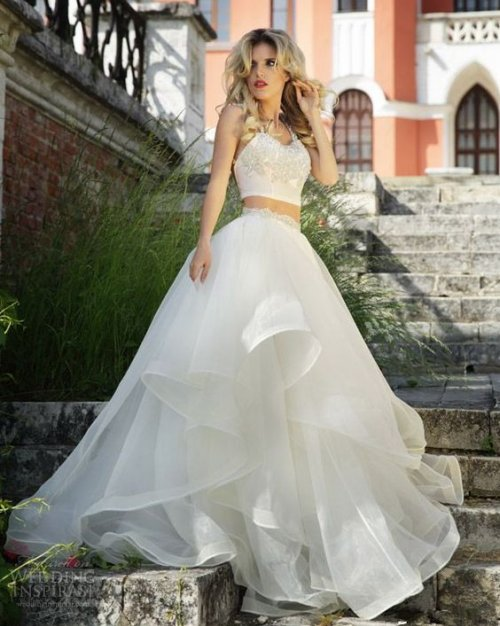21 stylish two piece summer beach wedding dresses for Wedding dress skirt and top